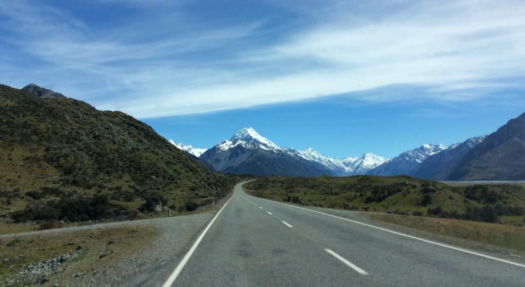 Road to Aoraki MtCook